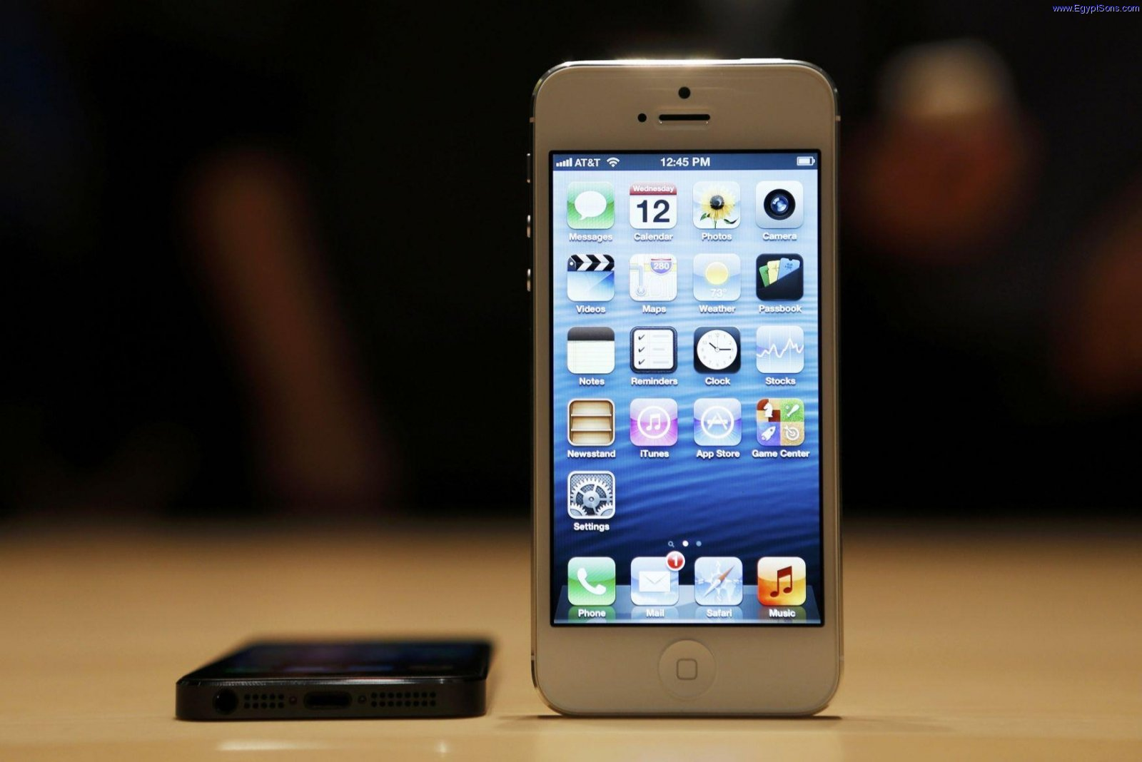 iPhone 5 First look 4